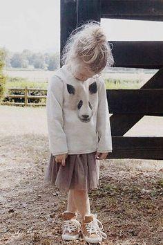 Blogger+James+Kicinski+McCoy+dresses+her+daughter+in+comfy-chic+looks,+like+this+animal+print+sweater+and+tulle+skirt.+ Follow+@bleubird.   - HarpersBAZAAR.com