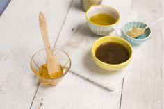 Alsjeblieft, onze top 5 dressing recepten. Van een klassieke Franse vinaigrette tot een Aziatische mango dressing, ze zijn allemaal even lekker en snel en simpel klaar te maken. Als je deze hebt geproefd, wil je geen kant-en-klaar dressing meer.