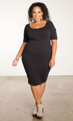 I have been thinking about rocking a body con dress and this one is simple and effortless. Plus, affordable! From SWAK Designs - the Sara short sleeve dress