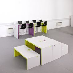 Multifunctional, flexible step and bench seating for breakout spaces