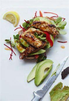 Cajun Chicken Open Sandwich - a simple light lunch that tastes A-mazing! #sandwich #healthylunch