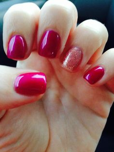 Pinky colour: Gel II Passion Sparkly colour: Gel II Fashionably Late