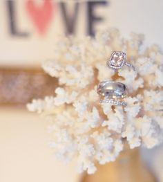 If I ever get engaged... i don't think I'd mind a pink morganite just like this! ;)