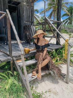 Tulum beach Restaurant On The Beach, Outdoor Restaurant, Us Travel, Family Travel, Travel Guide, Tulum Ruins, Tulum Beach, Make More Money, Beach Club