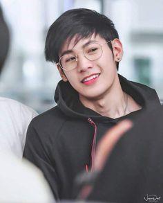 Handsome Faces, Handsome Boys, Pretty Boys, Cute Boys, Yuri, Cute Gay Couples, Aesthetic Boy, Thai Drama, Cute Actors