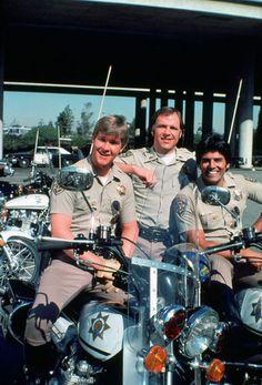 Jon, Gatraer, and Ponch 80 Tv Shows, Great Tv Shows, Police Tv Shows, Chips Series, Nostalgia 70s, 1980s Tv, Divas, Cop Show, Cinema