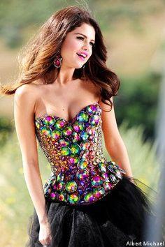This dress is sweet! Go #SelenaGomez