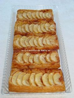 Fruit Bread, Apple Season, Puff Pastry Recipes, Apple Pear, Easy Cooking, Hot Dog Buns, Deserts, Food And Drink, Banana