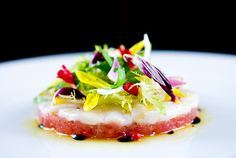 """lets make this for dad when I'm home in may Stahel Riddell! Spring Tuna Tartare & Scallop Crudo with Pink Peppercorn """"Salad"""" by zencancook Ceviche, I Love Food, Good Food, Yummy Food, Chefs, Seafood Recipes, Cooking Recipes, Sashimi, Spring Salad"""