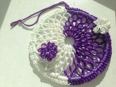 Yin and Yang Dreamcatcher ~Rainbow Loom~ - YouTube