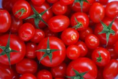12 Natural Home Remedies Using Tomato