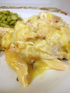 Chicken and Dumplings Casserole Holy moly! This is the best casserole EVER! I made it tonight and after my husband was scraping the casserole dish! Chicken and Dumplings Casserole! Turkey Recipes, Great Recipes, Chicken Recipes, Dinner Recipes, Yummy Recipes, Recipes Using Rotisserie Chicken, Game Recipes, Recipe Chicken, Milk Recipes