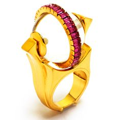 Manish Arora for Amrapali Tribal Pop Rosa enamelled ring with Swarovski crystals. Trendy Jewelry, High Jewelry, Jewelry Stores, Latest Jewellery Trends, Jewelry Trends, Jewellery Designs, Amrapali Jewellery, Manish Arora, Earring Trends