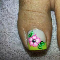 Pedicure Designs, Toe Nail Designs, Mani Pedi, Manicure And Pedicure, Animal Nail Designs, Cruise Nails, Nailart, Nail Decals, Toe Nail Art