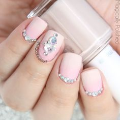 Beautiful Rhinestone and gorgeous design! DO you like them. See them here>>http://www.magicallypolished.com/2015/07/lady-queen-300pcs-rhinestone-wheel.html