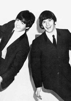 Paul McCartney and Ringo Starr, The Beatles. Beatles Band, Les Beatles, Paul Mccartney, Great Bands, Cool Bands, Richard Starkey, The Fab Four, Ringo Starr, George Harrison