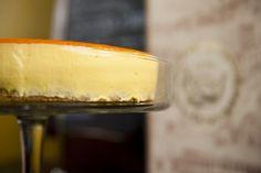 Torta al Cioccolato Bianco con Frutto della Passione - Antica Bottega del Vino, via Flickr.