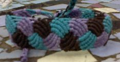 "How to Make a Braid ""Leaves"" Friendship Bracelet"