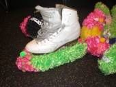 how to make ice skate covers | Holiday Gift Idea for Ice Skaters - Fuzzy Soakers!