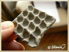 Miniature traditional egg tray (DIY) | Source: Perhe Malmström