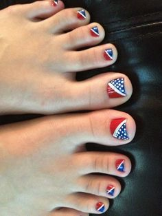 And one final pedi.   30 Patriotic Nail Art Ideas For The Fourth Of July