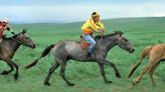 women Mongolia asia Asien people Mensch Fest festival Volksfest Nadam Nadaam costume Tracht Sport Tradition Wettkampf competition Pferd horse reiten riding ride race Rennen Speed Reiter horseback Gobi Steppe Mongolei Frau girl M‰dchen Kind child