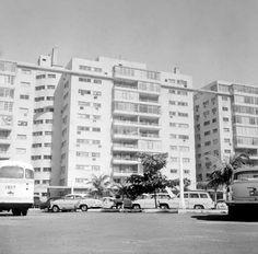 Edificio Río mar en 1967, Miramar, La Habana.