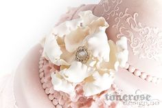 IMG_5745 Cake Cover, Marzipan, Royal Icing, Fondant, Wedding Cakes, Sweets, Baking, Ideas, Wedding Gown Cakes