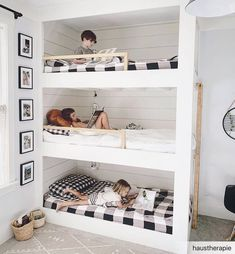 Such a unique bedroom design idea by Click the image to try our free home design app. Unique House Design, Small Room Design, Kids Room Design, Bunk Bed Sets, Bunk Bed Rooms, Bunk Beds Small Room, Small Room Bedroom, Girls Bedroom, Diy Bedroom