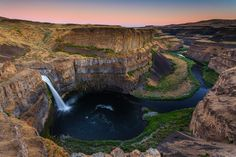 Palouse Falls, Snake River in southeast Washington, United States by Putt Sakdhnagool on 500px