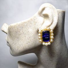 Auth Chanel 1994 Vintage Blue Gripoix and Pearl CC Clip Earrings Chanel Earrings, Clip Earrings, Chanel Designer, Vintage Chanel, Designer Earrings, Sapphire, Pearls, Blue, Jewelry