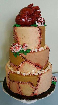 23 Hair-Raising Halloween Wedding Cakes | CHWV