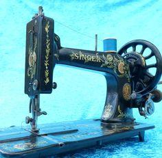 VINTAGE OLD ANTIQUE HAND SINGER MODEL 48K SEWING MACHINE 1887 FIDDLEBASE AMAZING
