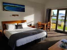 4 plus star luxury motel accommodation located on the waterfront in Kaikoura. Local Attractions, Whale Watching, Motel, Anchor, Luxury, Bed, Holiday, Furniture, Home Decor