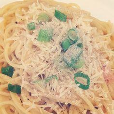 いいね!35件、コメント1件 ― Ally Sakuraさん(@alisasakura)のInstagramアカウント: 「Spaghetti Carbonara for lunch on my day off #cookingwithdog #spaghetti #carbonara #bacon #eggs…」