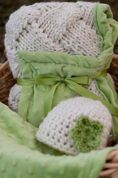 Blanket knitted beautiful style custom colors by thymeline on Etsy, $80.00
