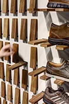 Gallery of Skechers TR Casual Showroom / Zemberek Design - 5 (Diy Storage Shelves) Pallet Furniture, Furniture Design, Smart Furniture, System Furniture, Mirrored Furniture, Furniture Shopping, Furniture Showroom, Furniture Storage, Furniture Plans