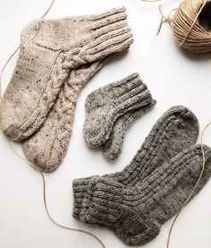 WEBSTA @ whitefox_handmade - Family look ❤️. Knitting Socks, Hand Knitting, Knit Socks, Knitting Patterns Free, Knit Patterns, Best Baby Socks, Free Dobby, Woolen Socks, Stocking Tights