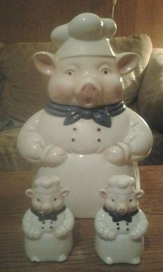 Ceramic Chef Pig Cookie Jar With Salt & Pepper Shakers