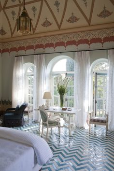 Evelyne Politanoff: Palazzo Margherita: An Idyllic Getaway
