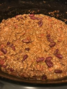Bloody Mary Chili INGREDIENTS: 2 lbs. ground beef 1 clove garlic, minced 1 medium onion, chopped 1 (15 oz.) can chili beans 1 (15 oz.) can diced tomatoes 15 oz. Bloody Mary Mix (I used Zing Zang) 1 tablespoon Montreal...