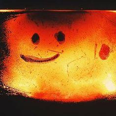 #kominek #ogień #uśmiech #vscopoland #vscowarsaw #igerspoland #igerswarsaw #visitpoland #ourpoland #loves_poland #bestofpoland  #coolfire #fireplace #poland #eagers #rodzinnie #święta #wielkanoc  #instawarsaw #dziejesiewpolsce #wolnyczas #mobilnytydzien #