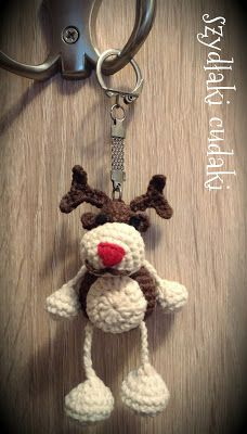 Szydłaki Cudaki - Amigurumi - Handmade with love: Szydełkowy renifer brelok - Amigurumi crocheted reindeer keychain