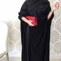 IG: XMaryamKhanX || IG: Beautiifulinblack || Modern Abaya Fashion ||