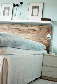 palette headboard: DIY  - I am really easy to please, I don't need fancy - love this. Would love to have complimenting night tables too.Anyone in the Orlando area wanna make a few extra bucks??