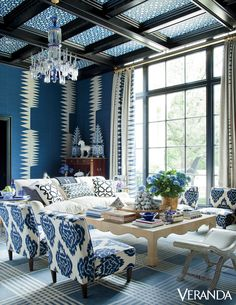 Home design and interior decorating is what VERANDA magazine is all about. Blue Rooms, White Rooms, Cool Rooms, Great Rooms, Living Room Designs, Living Spaces, Palette Deco, Veranda Magazine, Wallpaper Ceiling