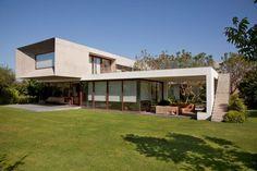 Urzua Cofre House  Massive and Modern Concrete House in Chile by Raimundo Anguita