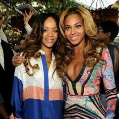 Coldplay Wants Rihanna and Beyonce at the Super Bowl Halftime Show Rihanna Fenty, Beyonce Style, Beyonce And Jay Z, Beyonce Beyonce, Online Photo Gallery, Blue Ivy, Brown Skin Girls, Destiny's Child, Queen