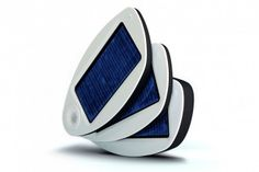 The Solio - a mobile solar charger.  #colorevolution
