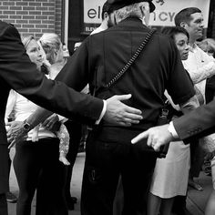 Thanks for following along this week! This is @jacquelynmartin a staff photojournalist with the AP based in Washington DC posting an @instagram #takeover of my photo essay on the U.S. Secret Service.  In this photo police and Secret Service agents control the crowd as President Barack Obama takes an impromptu walk down 15th Street in #Denver #Colorado after having dinner at the Wazee Supper Club. The agents have to be ready for both planned and last minute movements by the president. In…